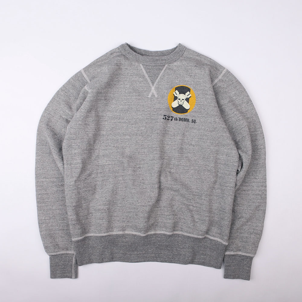 Crew Neck Sweat Shirt 527th Bomb SQD. (M.Grey)