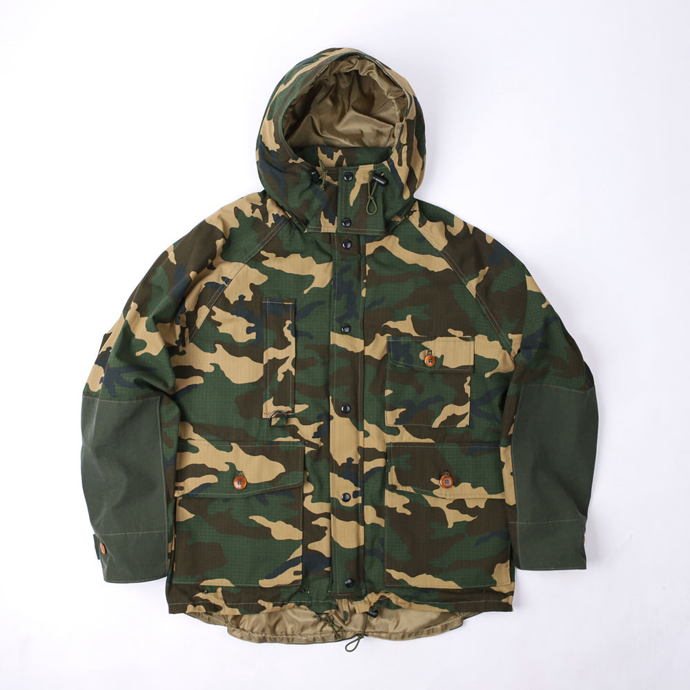 "[Great Lakes GMT. MFG. Co.]OUTDOOR STYLE FIELD JACKET""POINTER""(Woodland Camoflage Print)"