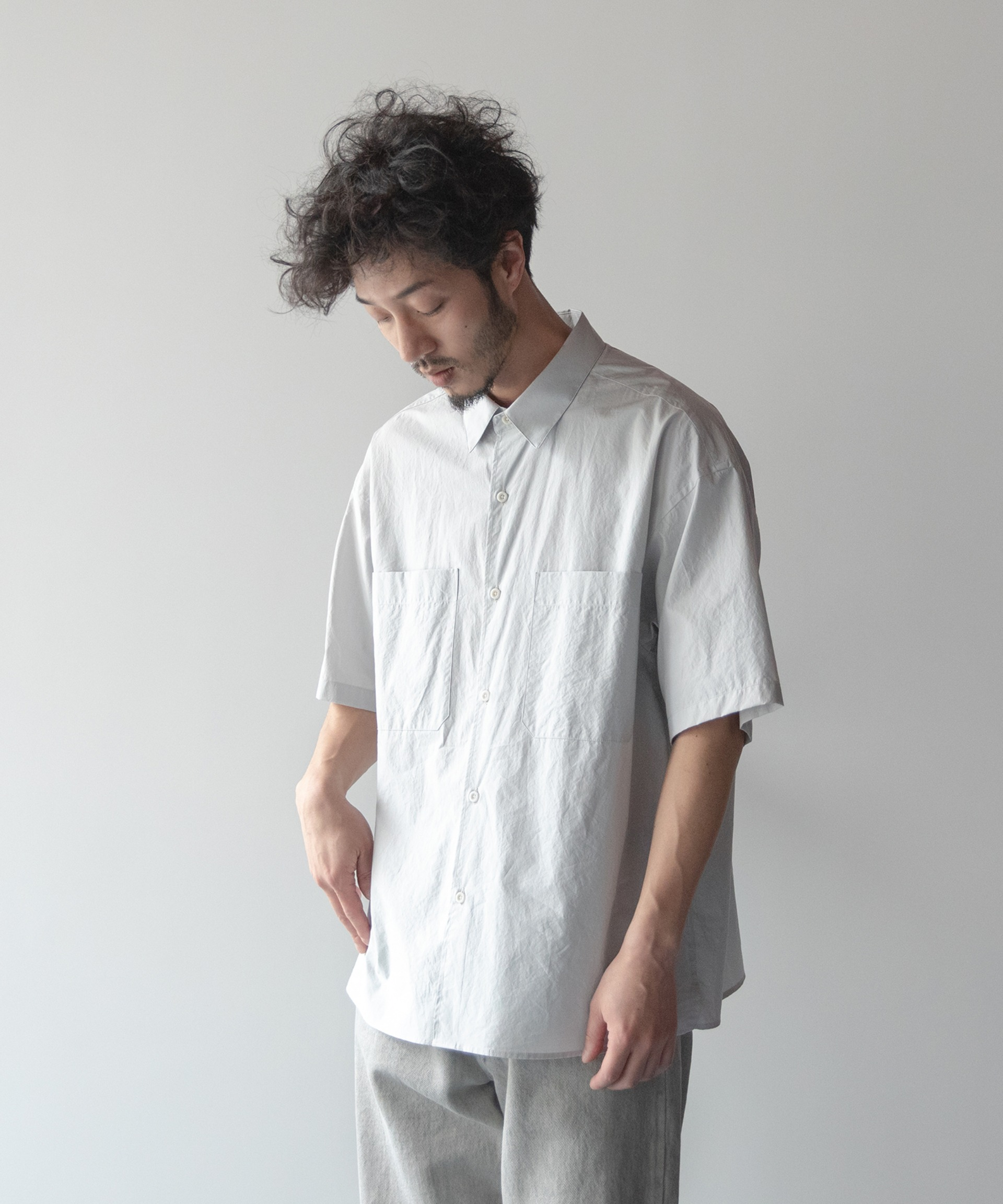 (Restock) WRITER SHIRT (Dove Gray)